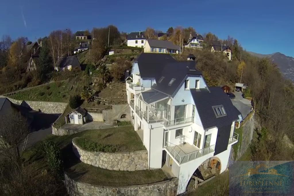 vlcsnap-2016-12-19-15h05m37s378